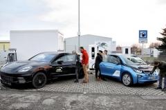 宝马、保时捷联合推出新充电技术 加速电动汽车推广