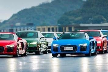 从街头和赛道,你就差了一部奥迪RS系列
