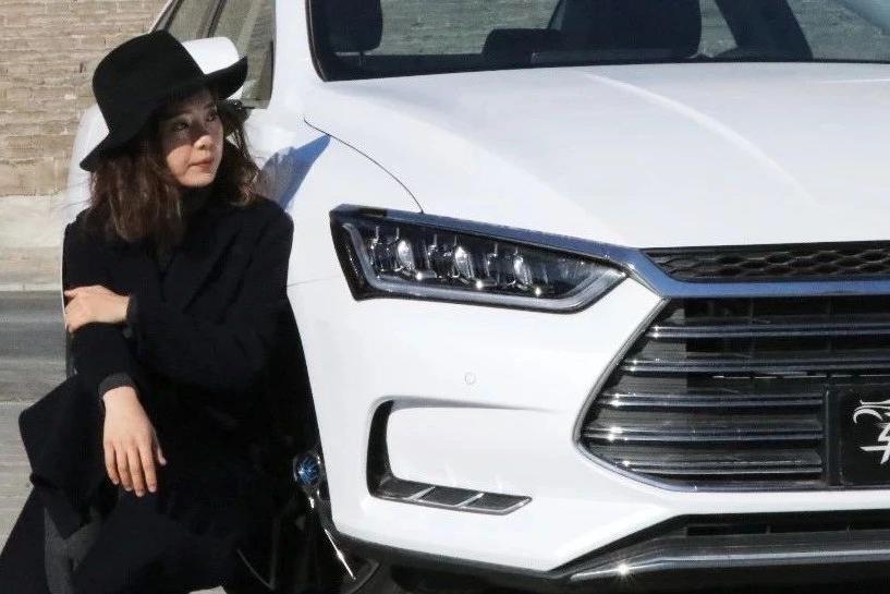 国家下达死命令:未来3年将大力发展新能源车!比亚迪这款车瞬间成为爆款