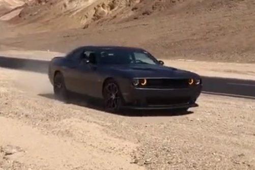 听说你喜欢V8?美国试驾6.4L挑战者R/T Scatpack记|聚驾