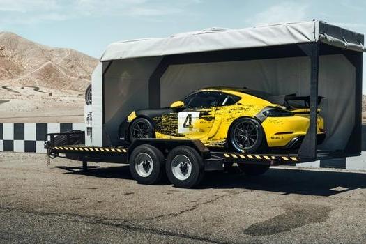 不管你是赛车手还是爱好者,全新保时捷718都可以满足你