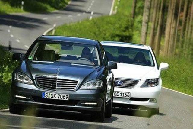 德系车和日系车相较,究竟谁是减配王中王?为何老司机都说它最坑