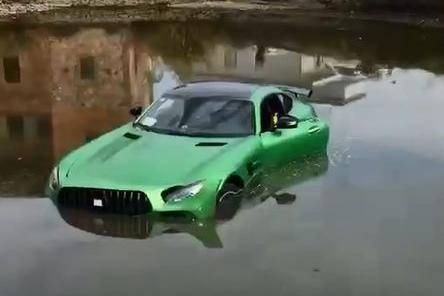 【你问三刀答】AMG GT R掉河里/二手MX-5/选牌照被人坑