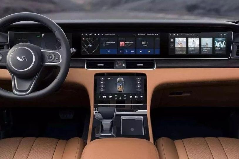 盘点8款中控屏幕尺寸最大的车型,没想到12英寸连门都入不了!
