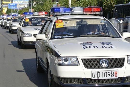 盘点各个国家的警车,看完好想去迪拜当警察