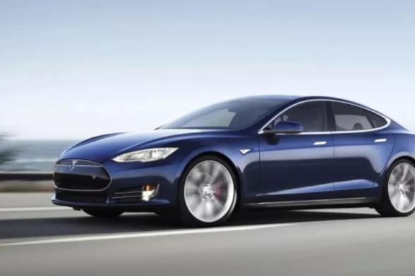 继Model S之后,我们为什么又买了一辆VV5做长测?