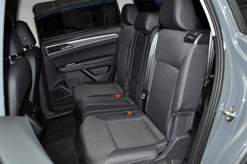 这款中大型七座SUV销量是普拉多的两倍 优惠18万能入手吗?