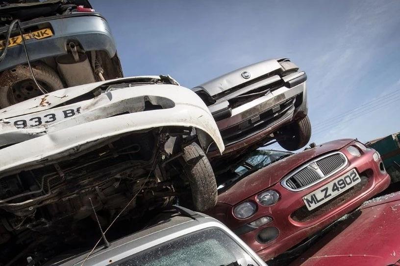 一辆车最多能开多少公里?