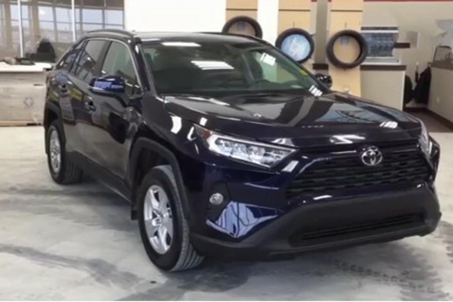 2019款丰田RAV4 XLE Premium到店 售价20.7万元