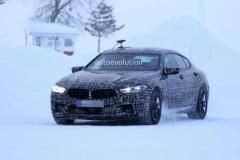 BMW M8 Gran Coupe谍照 650马力/四门的洪水猛兽
