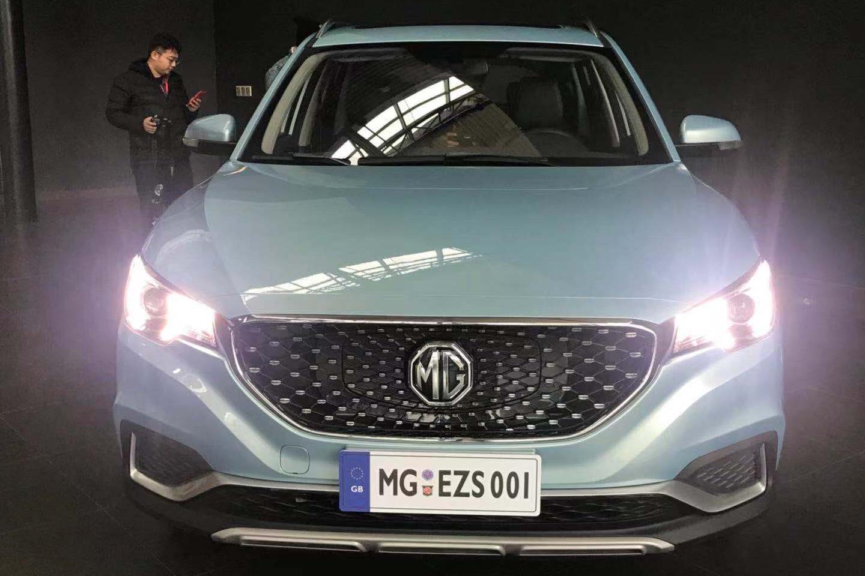 全国首辆名爵ZS纯电SUV到店实拍 3月正式上市 续航428km