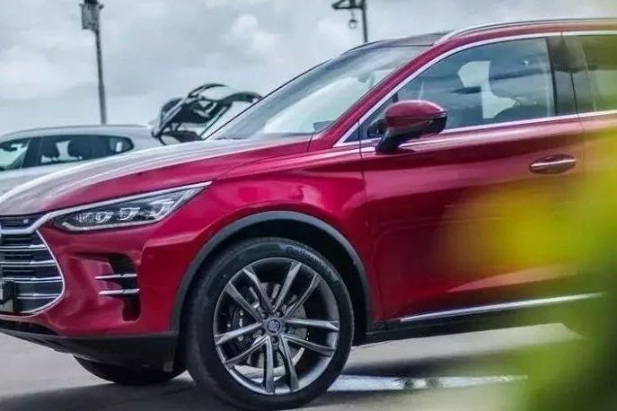 新能源汽车涨价潮来袭?这8家车企如何应对?
