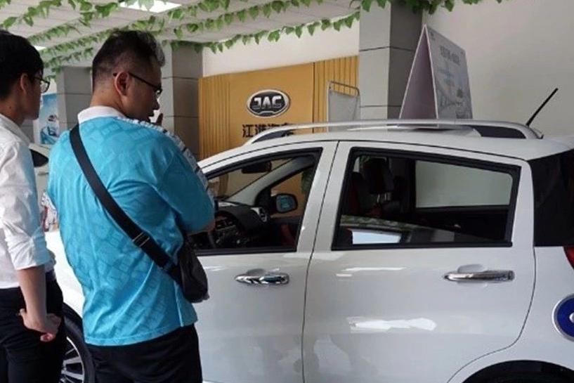 电动汽车用户观察:是谁在买电动汽车?