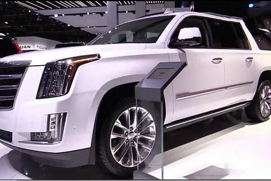 2019款凯迪拉克凯雷德到店实拍 帅气外观 搭配6.2L V8发动机