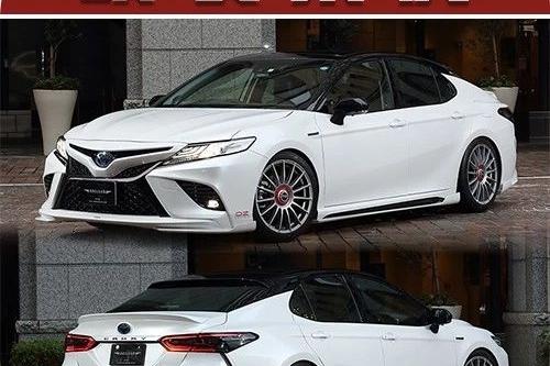 新款丰田凯美瑞竟用竞技的中锁轮毂?一定是这条街上最靓的家用车!