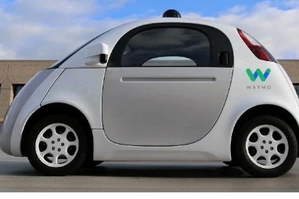 自动驾驶应该一蹴而就,还是循序渐进?|顿悟·自动驾驶