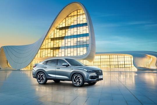 长安CS85 COUPE售13.69万起 重塑轿跑SUV市场标准