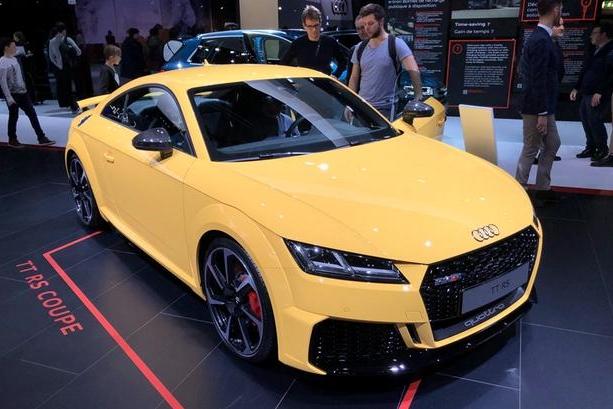 3分钟看车圈:想买辆性能车虐保时捷么?来看看新款奥迪TT RS