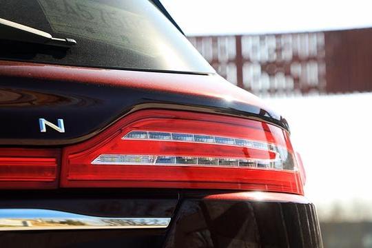 路咖与车:手握30万预算 究竟哪款豪华SUV更值得入手?