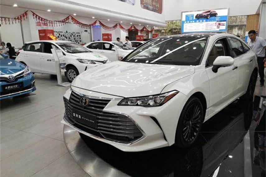 亚洲龙VS全新天籁 两款日系重磅新车怎么选?