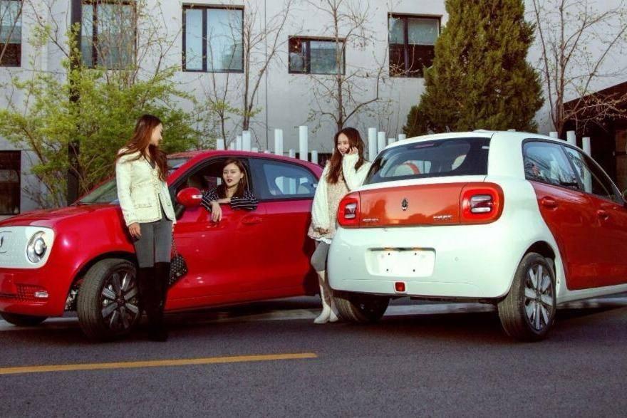 又一新车发布,造型比奇瑞QQ还可爱,网友:首款女性专用驾座!