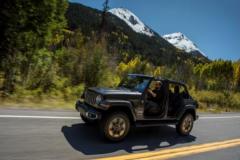 Jeep牧马人电动敞篷版发布 售价为47.99万