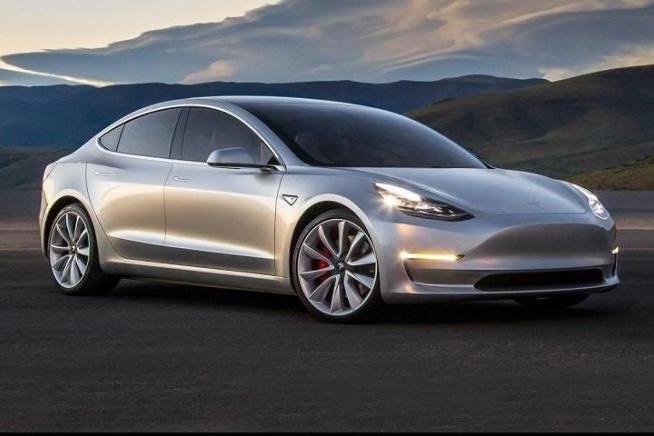 半个月交付1万辆,特斯拉Model3会成为今年最畅销进口车吗?