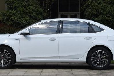 加配还减价?这款比朗逸大的A+级家轿升级为PLUS 不足7万能买吗
