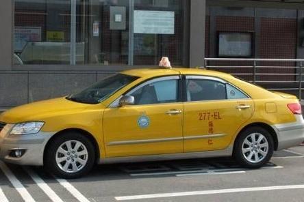 盘点世界各地的出租车,德国、美国、迪拜的出租车都是什么品牌?
