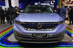 2019上海车展:东风风神AX7 PHEV 超高燃油经济性