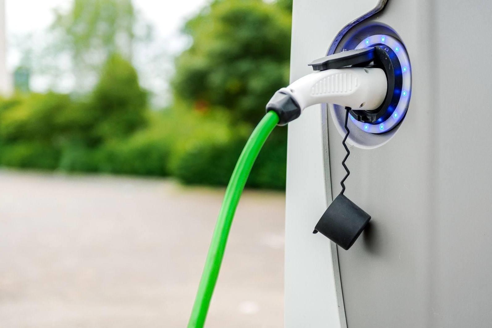 关于车市寒冬 新能源汽车第一季度交出了不一样的答卷