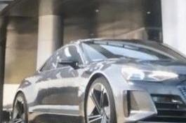 《复联4》里这辆钢铁侠座驾是什么来头?