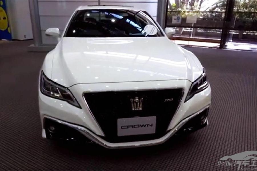 全新第十五代皇冠日本到店实拍 或将进口引进国内 至少涨价10万
