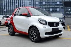 smart fortwo新增车型上市 售价13.38万起