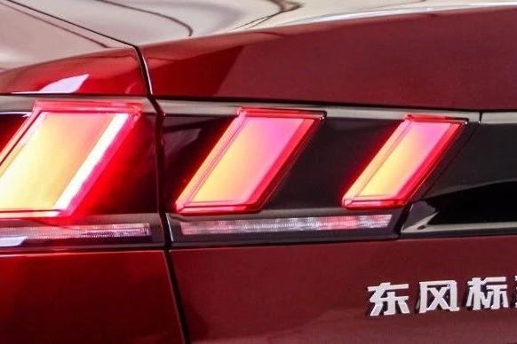 """""""屈尊""""也换不来销量,标致508L还是辜负了法系车最后的希望"""