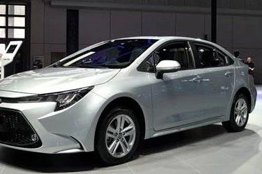 丰田新车11万起,又是一款叫好叫座的家轿,年轻人都看它!