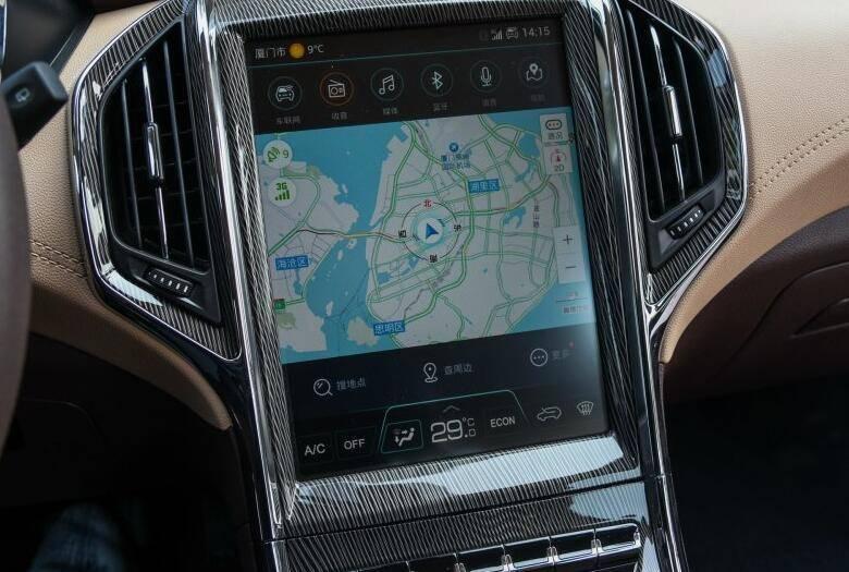 同级别唯一配备6座的小型SUV 标配大屏和车联网仅6万多起值得买吗