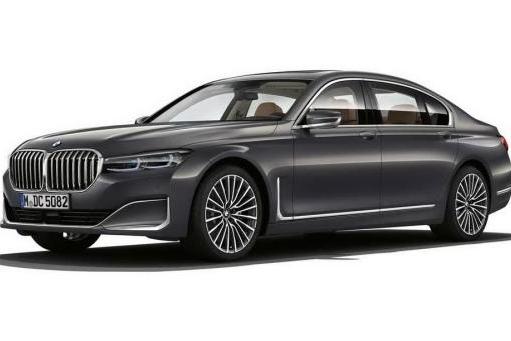宝马的操控遇上V8,390kw+750NM的豪华车,奔驰S和奥迪A8要小心了
