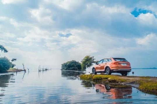 国产最美旅行车来了!兰博基尼设计师操刀,7万多就能买顶配车型