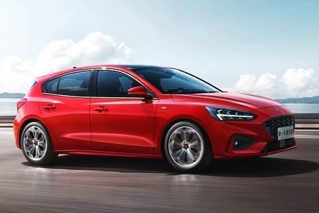 内饰平庸、空间一般,全新福特福克斯真的能翻盘A级车销量吗?