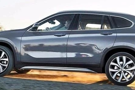 宝马新款SUV官图发布,尾部像X3,看外观赚了,打开车门立马露馅