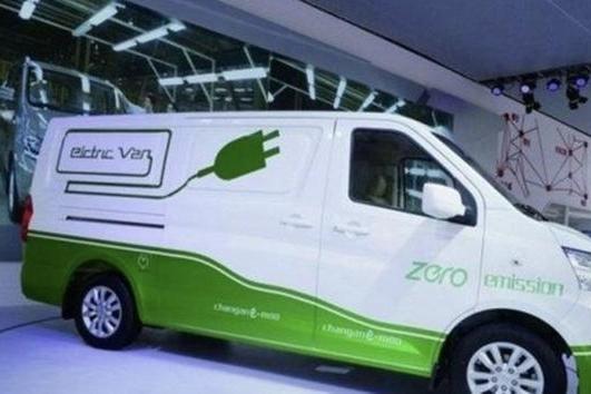 行业风口到来,纯电动物流车会出现京东造车、顺丰造车吗?