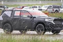 Jeep全新一代大切诺基谍照曝光 将搭混动系统