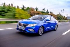 5月售出1.7万辆 荣威i5勇夺自主家轿销量冠军