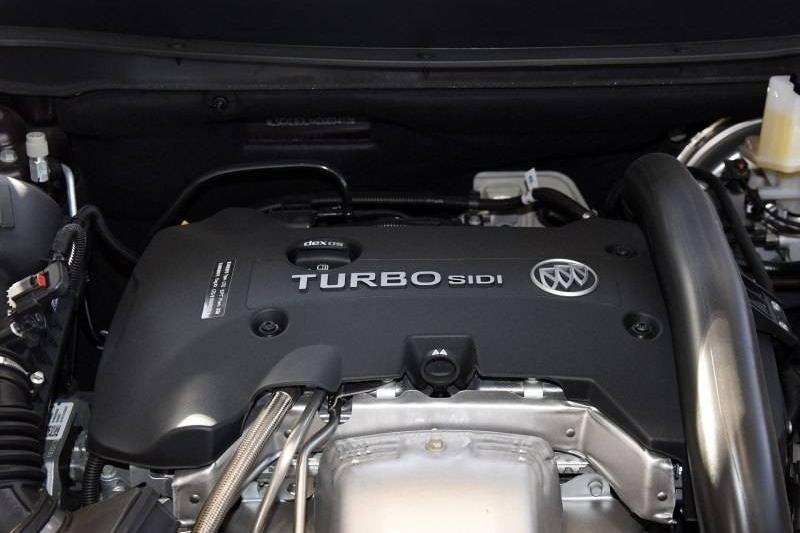 这款合资中型SUV搭载沃德十佳2.0T发动机,四驱国六版已降至20万