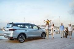 吉利嘉际2+3+2车型实车到店 售价9.98万起