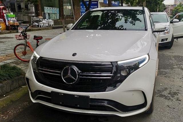 即将国产,北京奔驰首款纯电动SUV EQC实车曝光