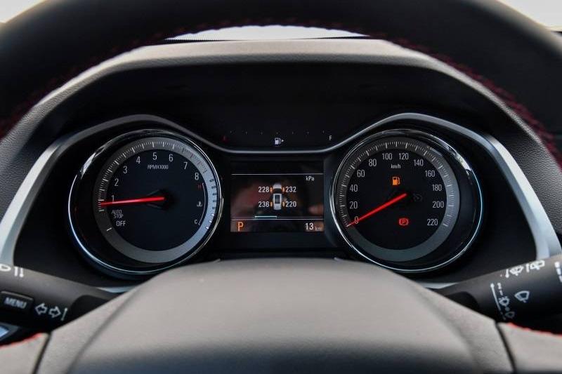 轴距超越中型SUV,这款合资7座两厢车 9万起能入手吗?