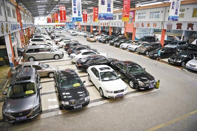 保值率最低的五大汽车品牌,第二个3年亏一半,最后一个无人问津