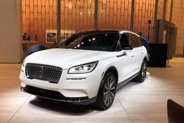 宁德时代屈居中国电池百强企业第二,林肯首款国产SUV下线